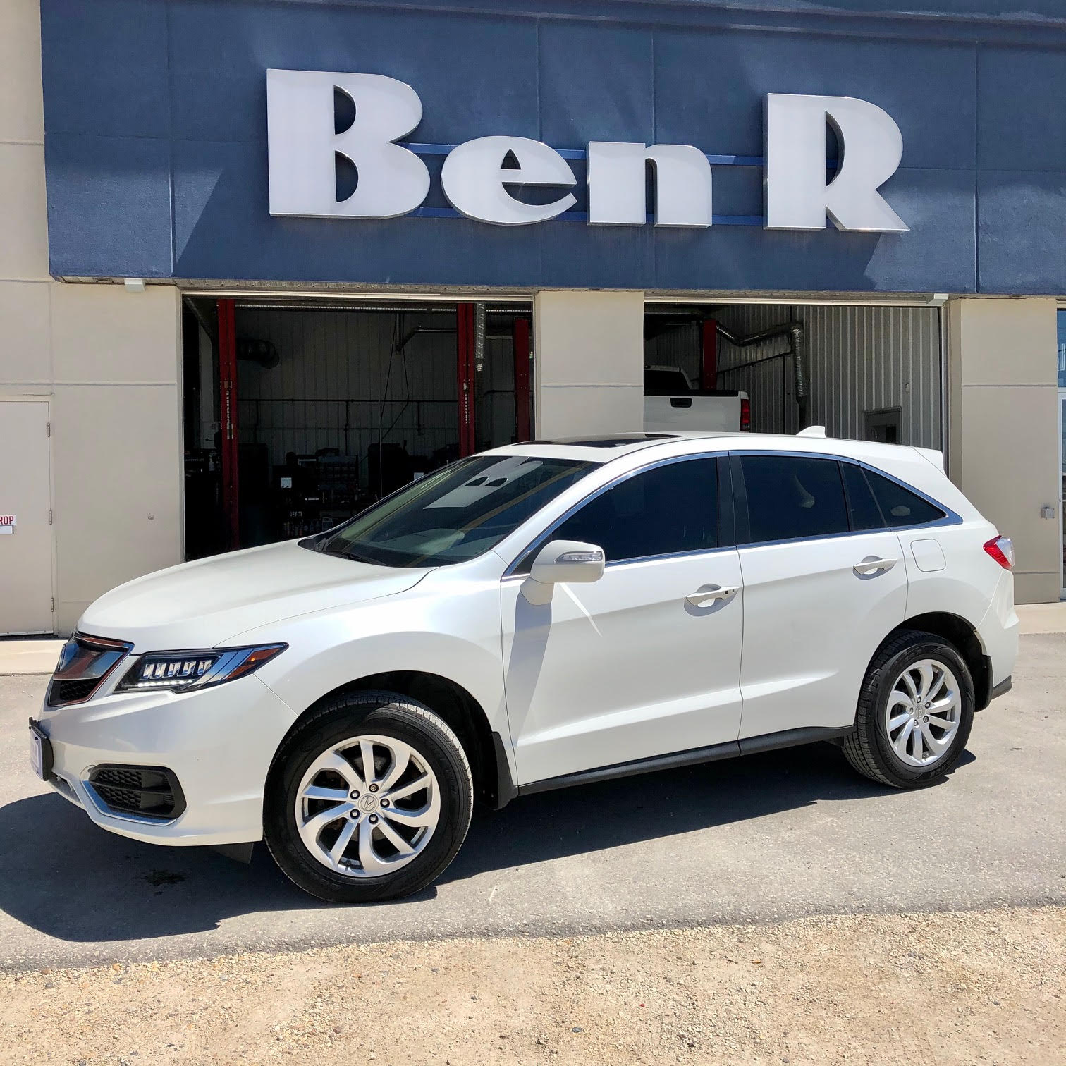 Ben R Auto Sales: Steinbach And